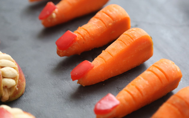 Halloween treat - carrot fingers
