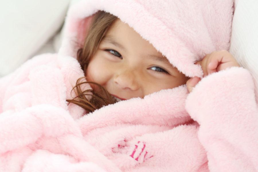 pink-fleece-robe_social