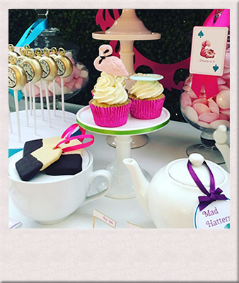 mad-hatter-tea-party-les-enfants