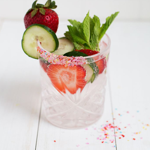 strawberry-and-cucumber-fizz