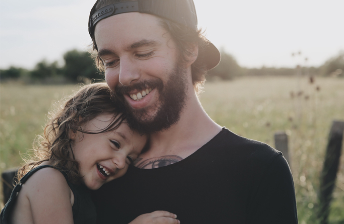 dad-and-daugher-psd