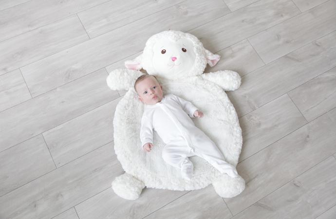 Lamb play mat toys