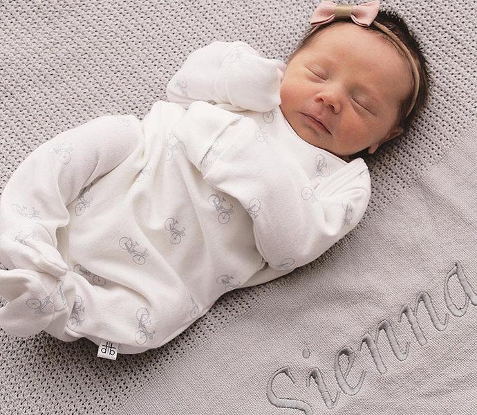 baby-milestone-name-revela