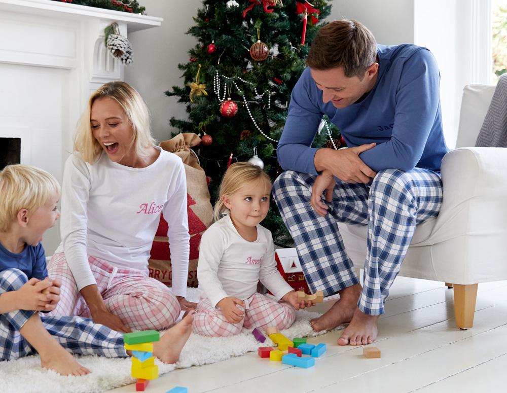 matching-family-christmas-pyjamas