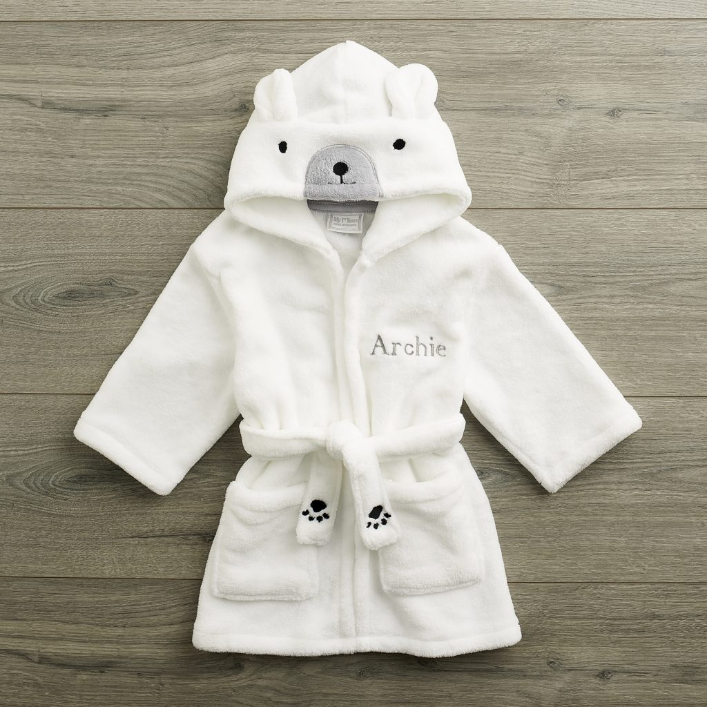 10110046_polar-bear-robe_a