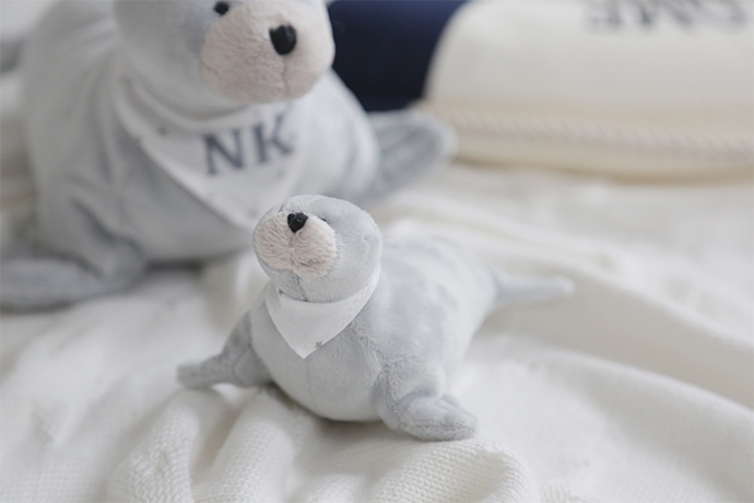 small_grey_seal_soft_toy_2-copy