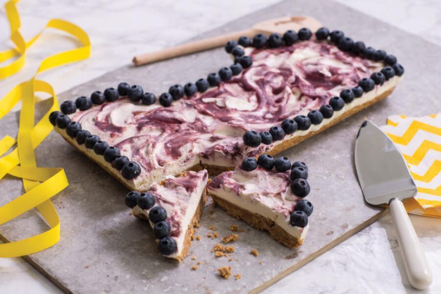 banana-blueberry-cheesecake